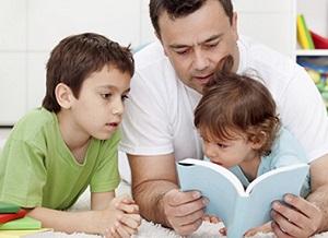 como-estimular-a-nuestros-hijos-en-el-desarrollo-linguistico-300